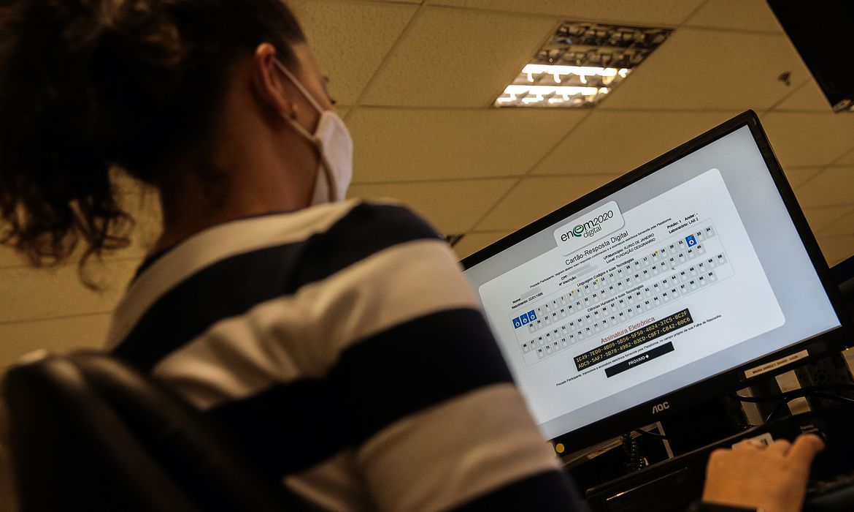 Governo divulga datas para pedir isenção de taxa de inscrição no Enem - Agência Brasil