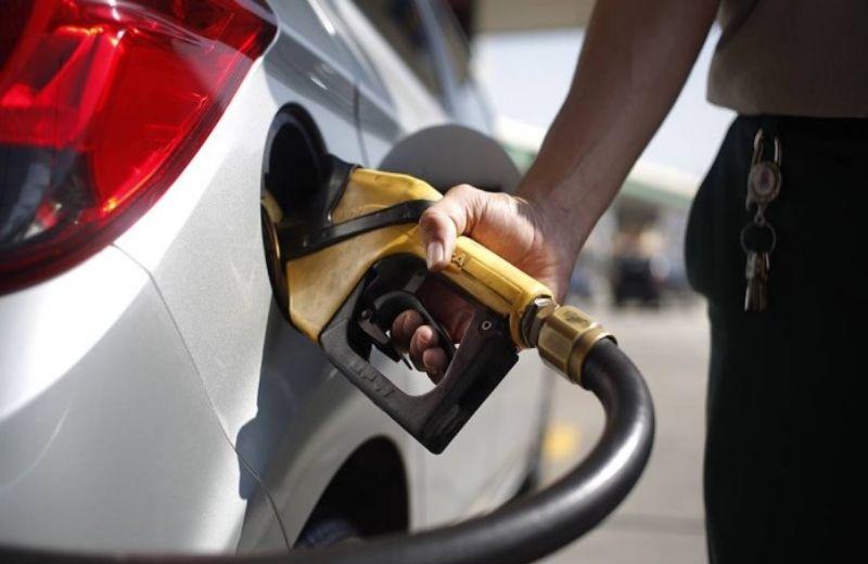 Consumo de diesel tem alta de 3,7% em abril, mas gasolina cede 17% com pandemia - Reprodução