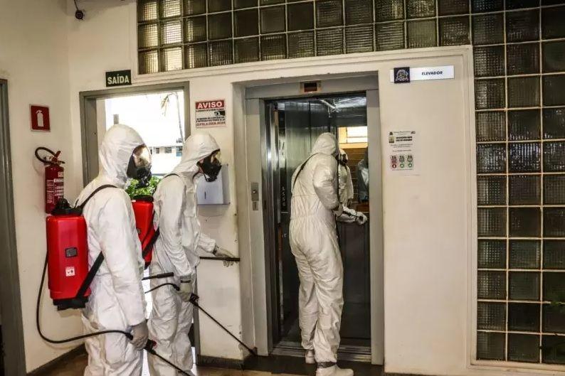 Militares do Exército desinfectam unidades de saúde em Araçatuba - Reprodução