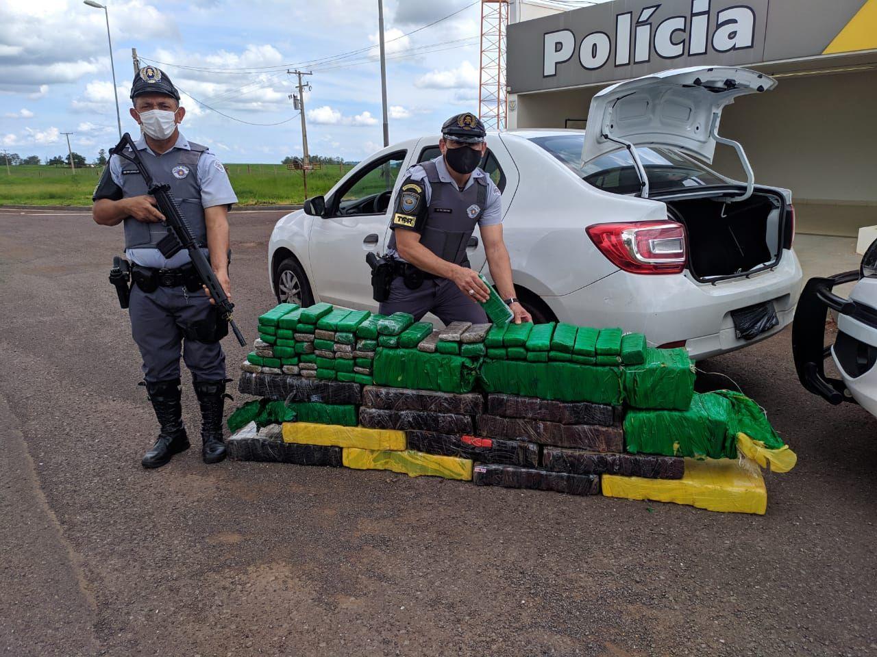 Polícia Rodoviária apreende grande quantidade de droga na rodovia Raposo Tavares - Divulgação/Polícia Rodoviária