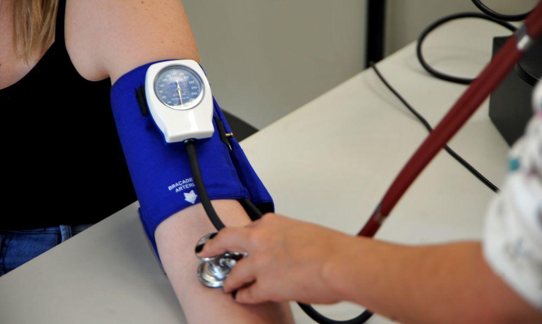 Você sabia que as variações da pressão arterial são diferentes na dor aguda e crônica?    -